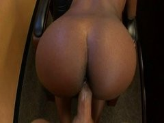 Chocolate babe loves being penetrated
